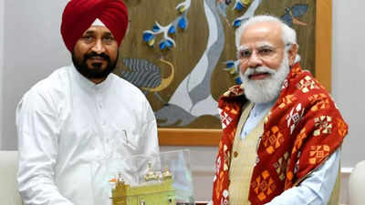 Charanjit Singh meets PM Modi urging him to resume talks with farmers