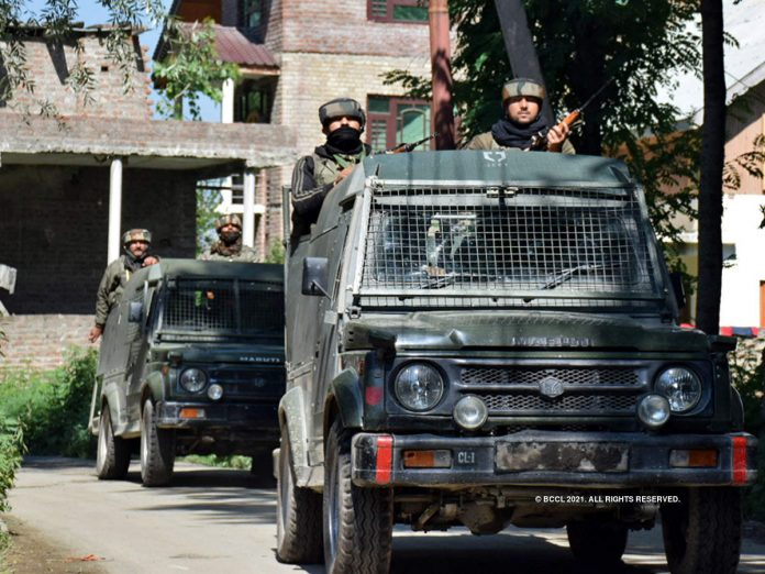 Srinagar: Civilian killed and another seriously wounded in 2 separate attacks