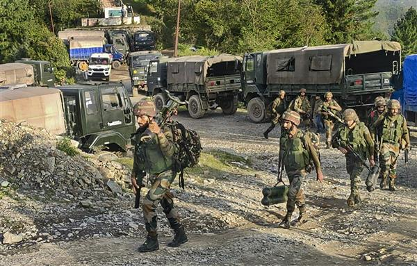 5 army soldiers killed in encounter in J-K's Poonch; 1 injured in gunfight